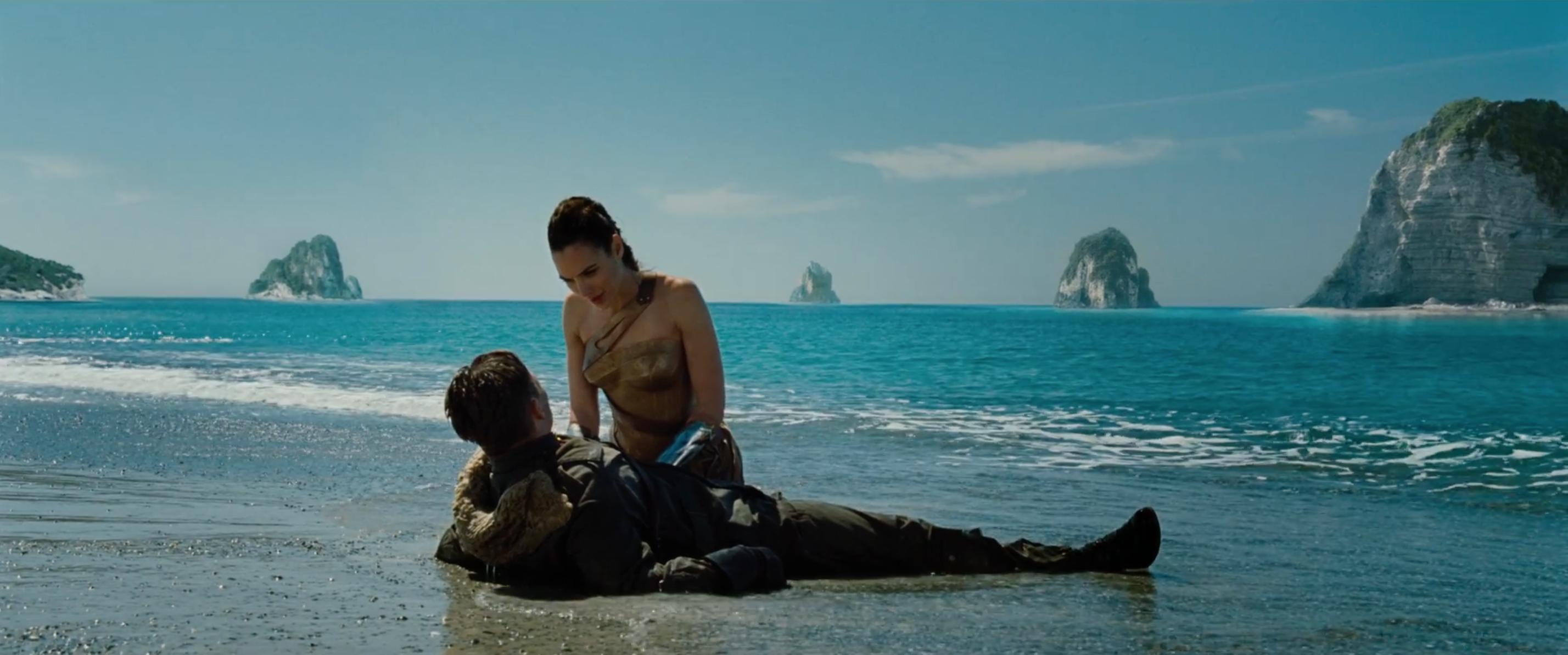 Wonder Woman: Gal Gadot e Chris Pine dal primo trailer del film