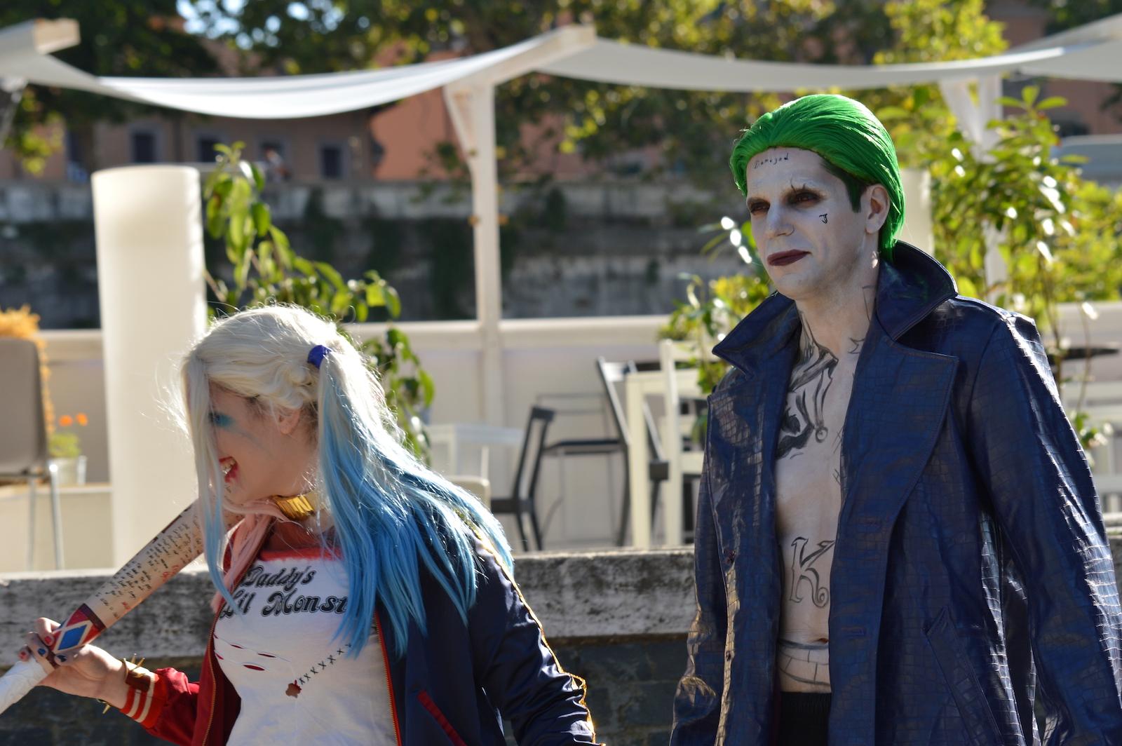 Suicide Squad: due cosplayer arrivano all'evento