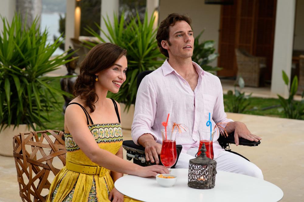 Io prima di te: Emilia Clarke e Sam Claflin in un'inquadratura del film