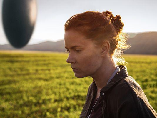 Arrival: Amy Adams in una foto del film