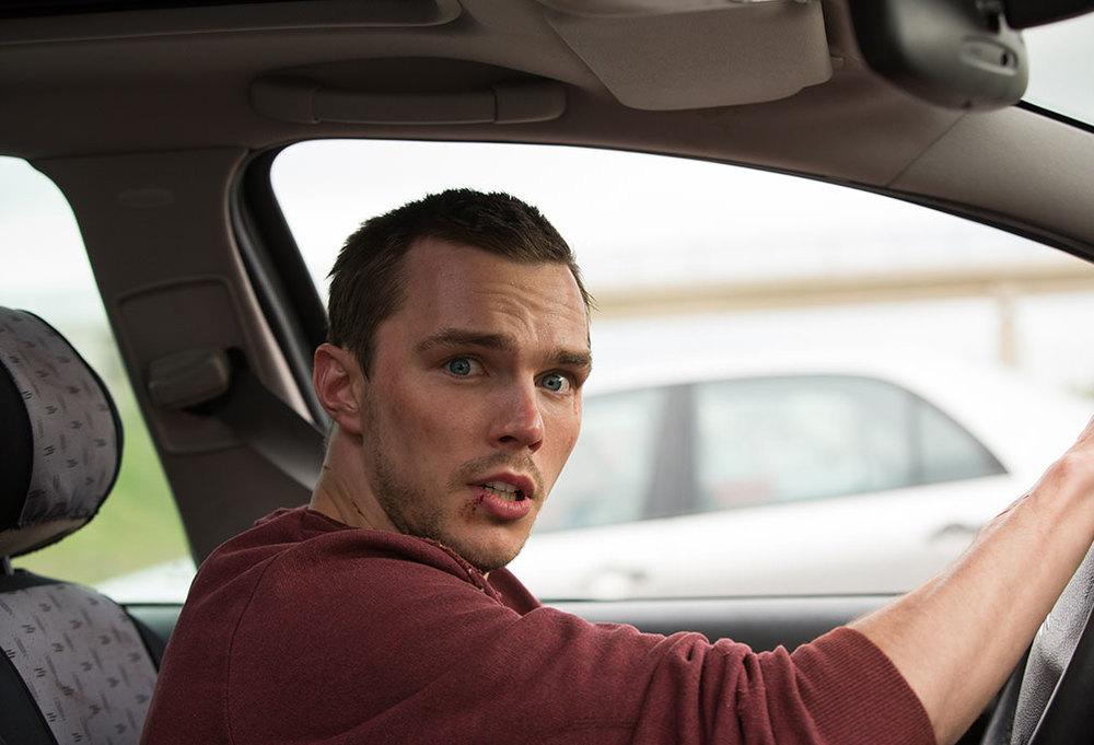 Autobahn - Fuori controllo: Nicholas Hoult in un'immagine tratta dal film