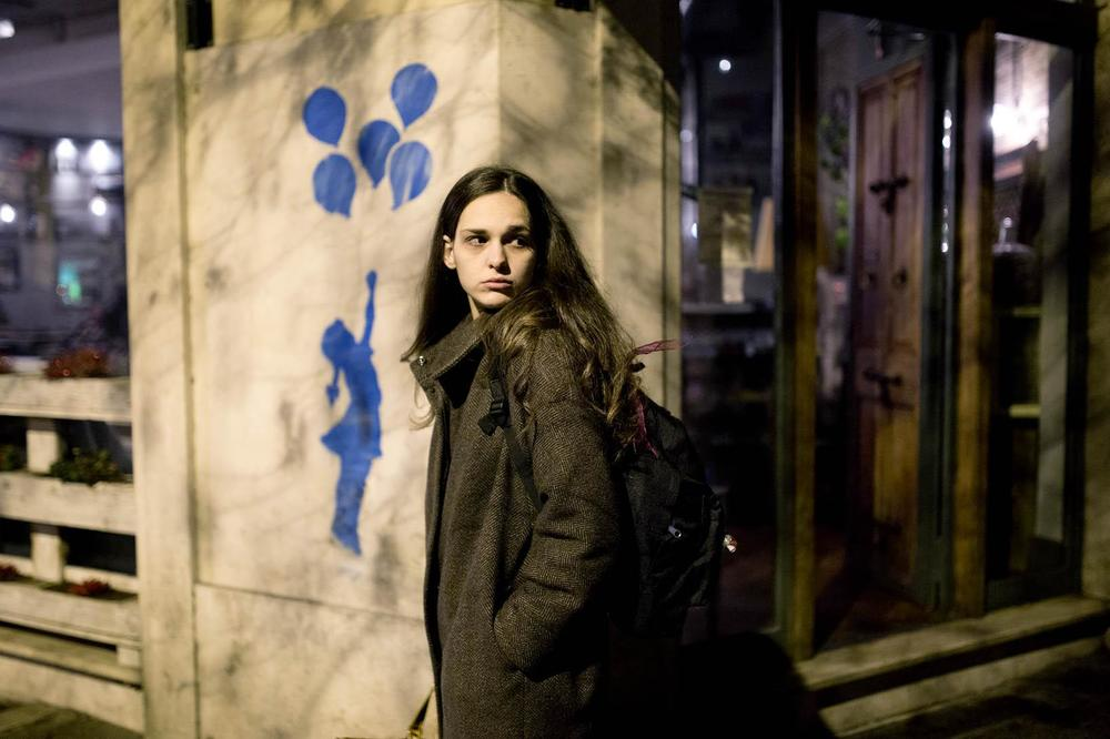 La ragazza del mondo: Sara Serraiocco in una scena del film