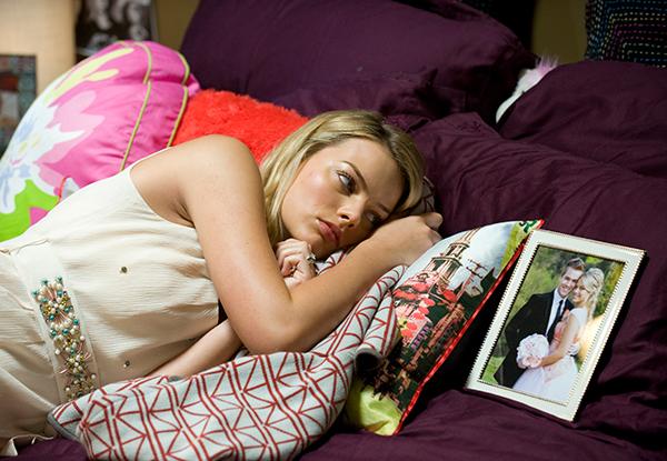 Neighbours: Margot Robbie in un'immagine tratta dalla soap australiana