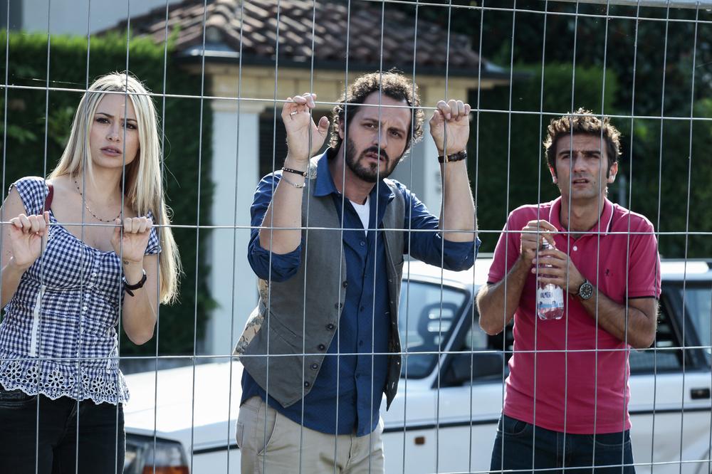 Prima di lunedì: Martina Stella, Fabio Troiano e Andrea Di Maria in una scena del film