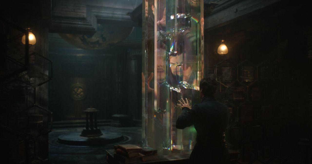 Doctor Strange: l'attore Benedict Cumberbatch in una foto del film