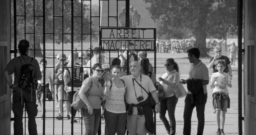 Austerlitz: un'immagine del documentario di Sergei Loznitsa