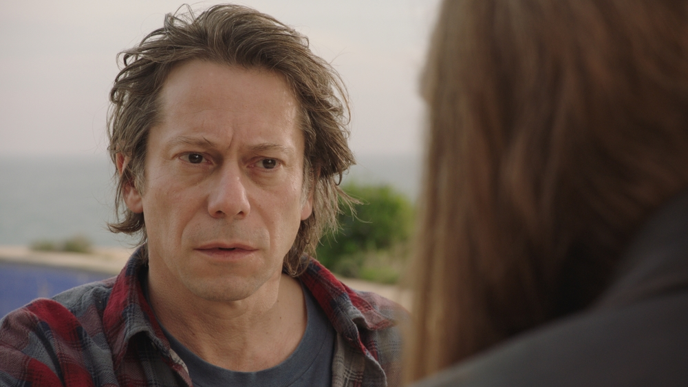 Never Ever: Mathieu Amalric in un momento del film
