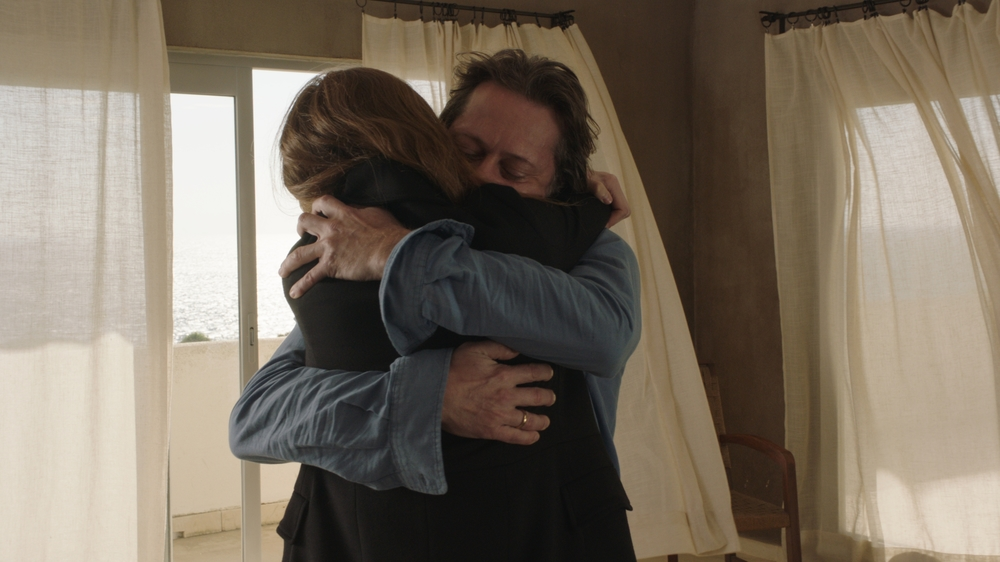 Never Ever: Mathieu Amalric e Julia Roy in una scena del film
