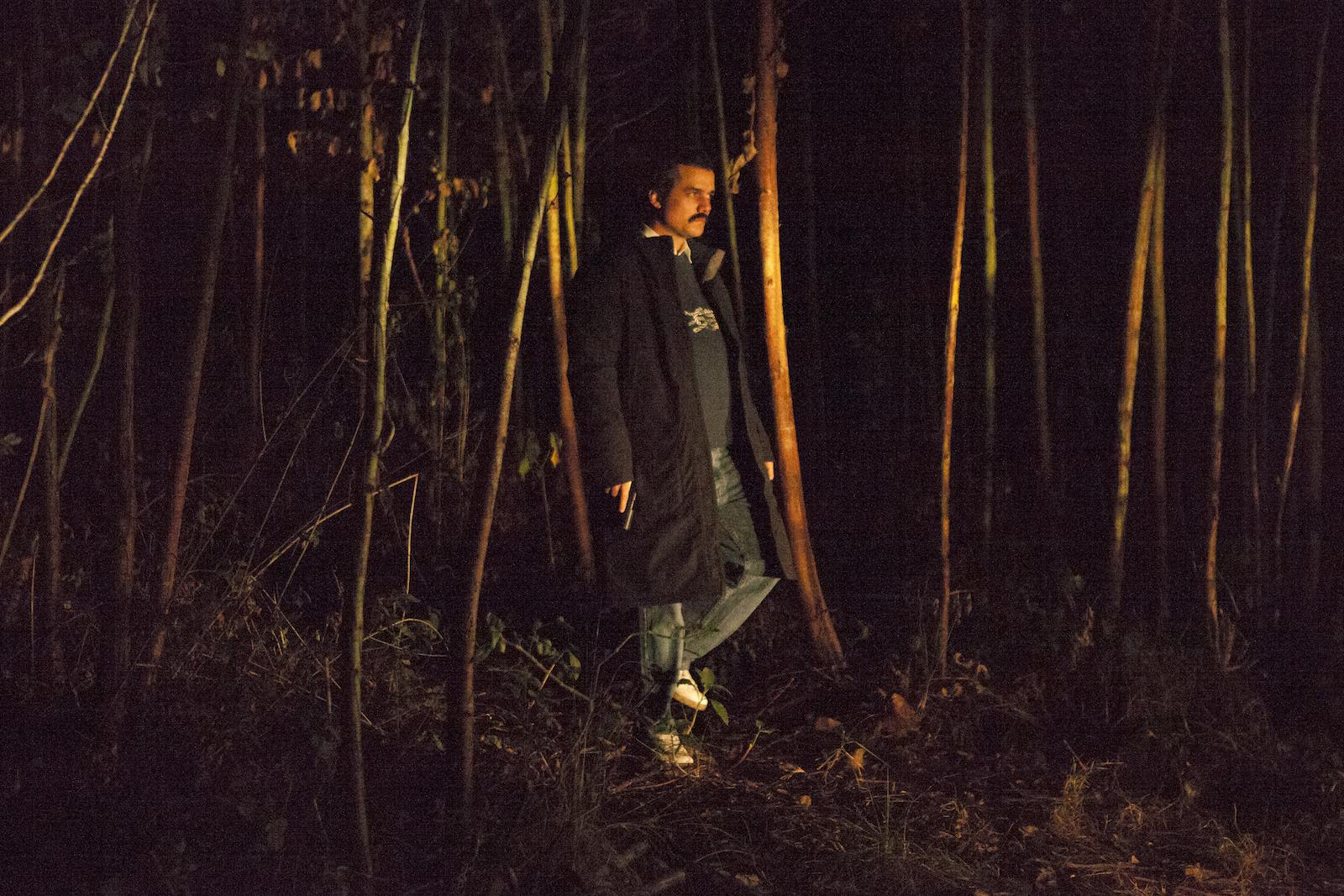 Narcos: Wagner Moura in una foto della stagione 2