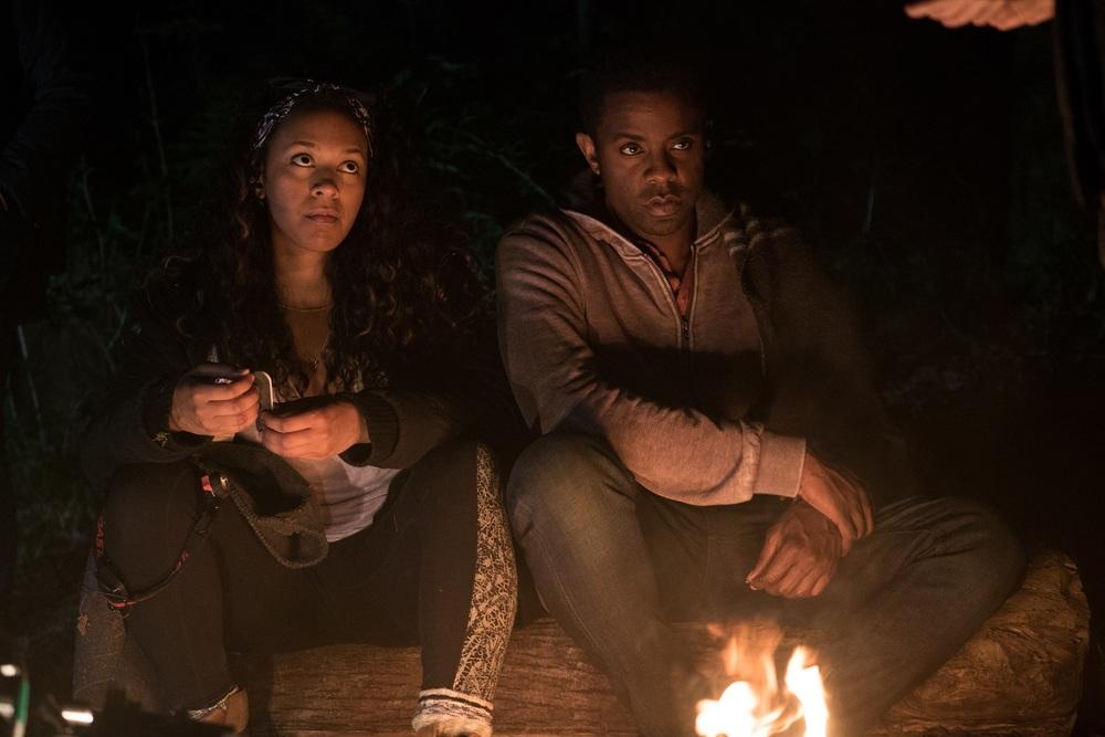 Blair Witch: Brandon Scott e Corbin Reid in una scena del film
