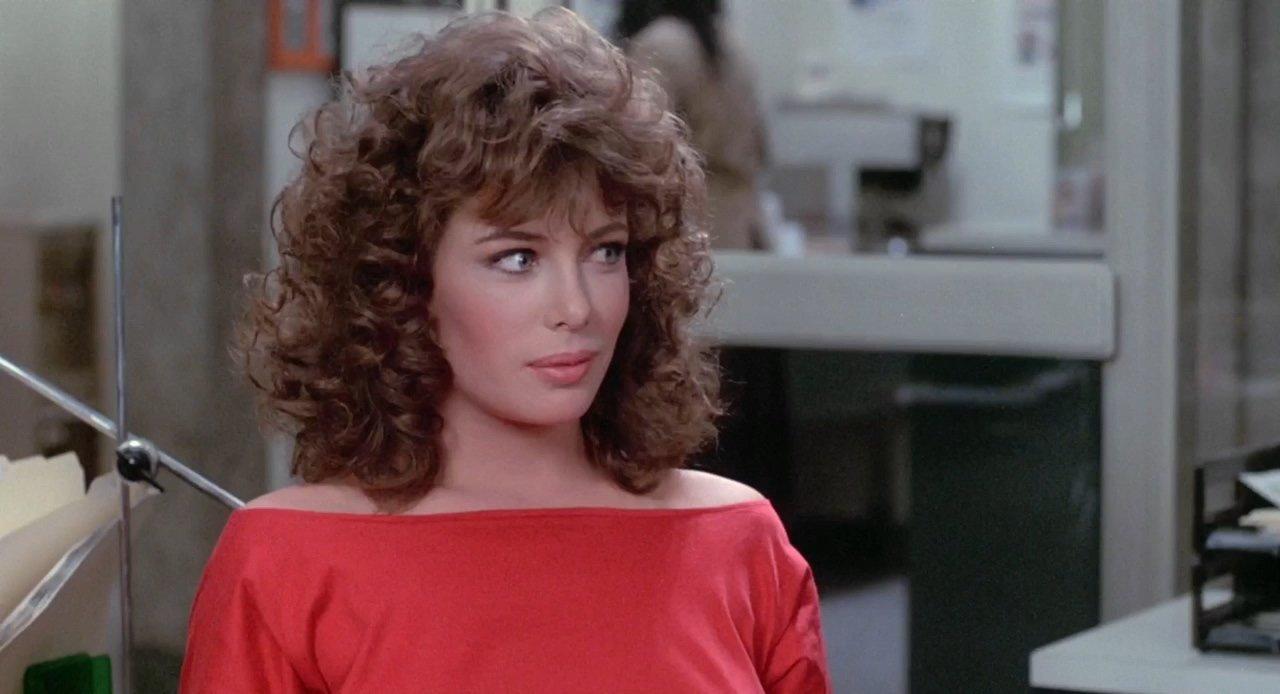 Kelly LeBrock in La signora in rosso
