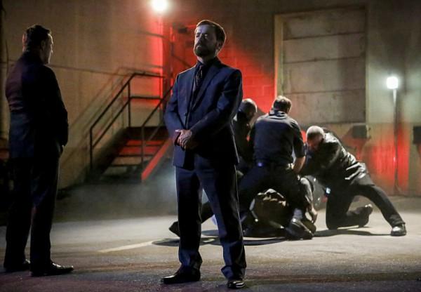 Arrow: un momento delle premiere della quinta stagione
