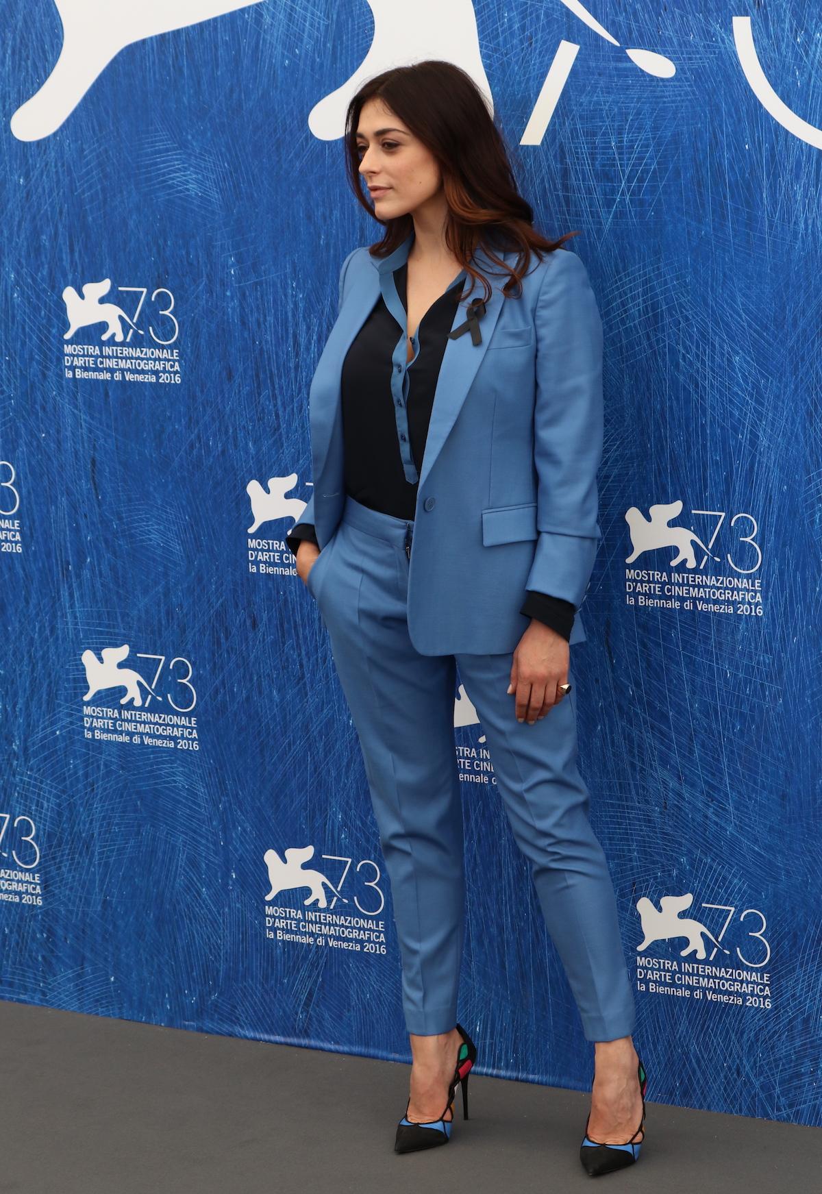 Venezia 2016: Valentina Lodovini in una foto del photocall delle giurie