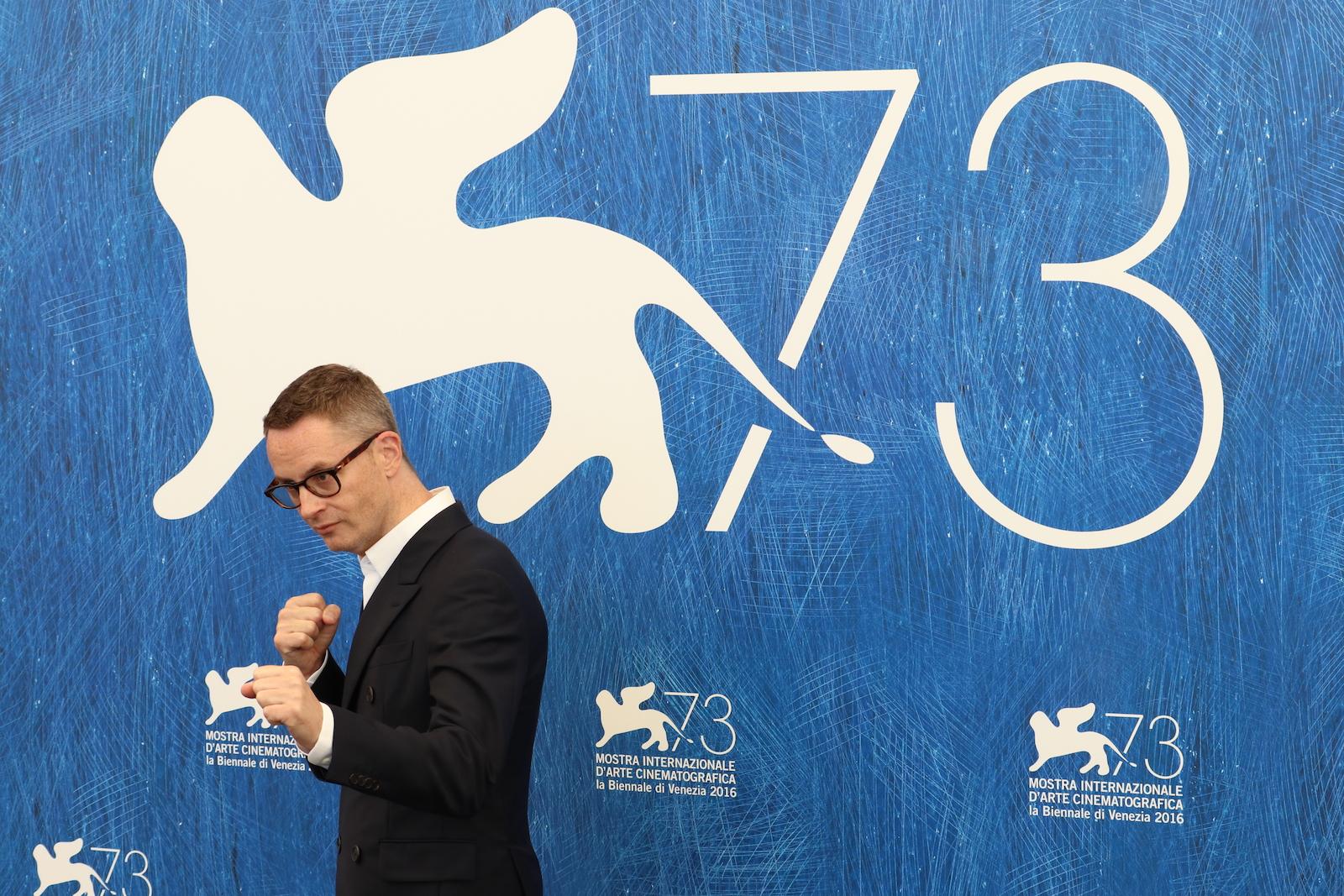 Venezia 2016: Nicolas Winding Refn al photocall di Dawn of the Dead - European Cut (Zombi)