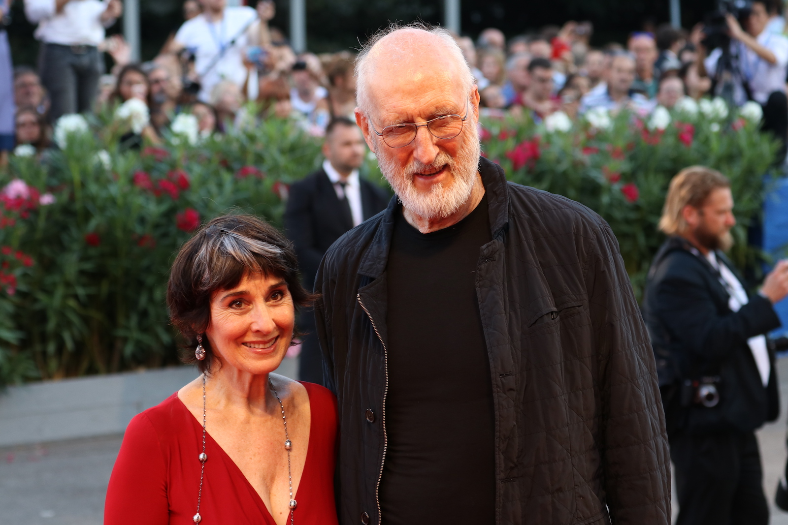 Venezia 2016: James Cromwell sul red carpet di The Young Pope