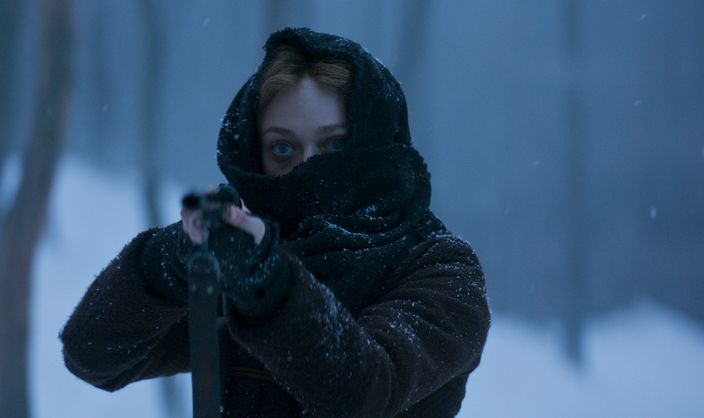 Brimstone: Dakota Fanning in una scena del film
