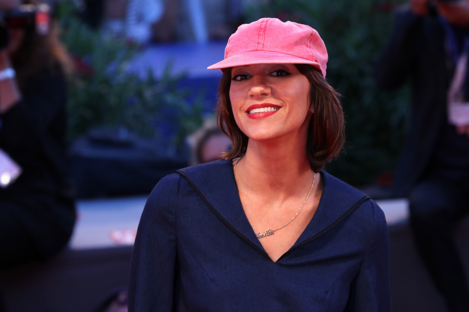 Venezia 2016: Ana Lily Amirpour sul red carpet di The Bad Batch