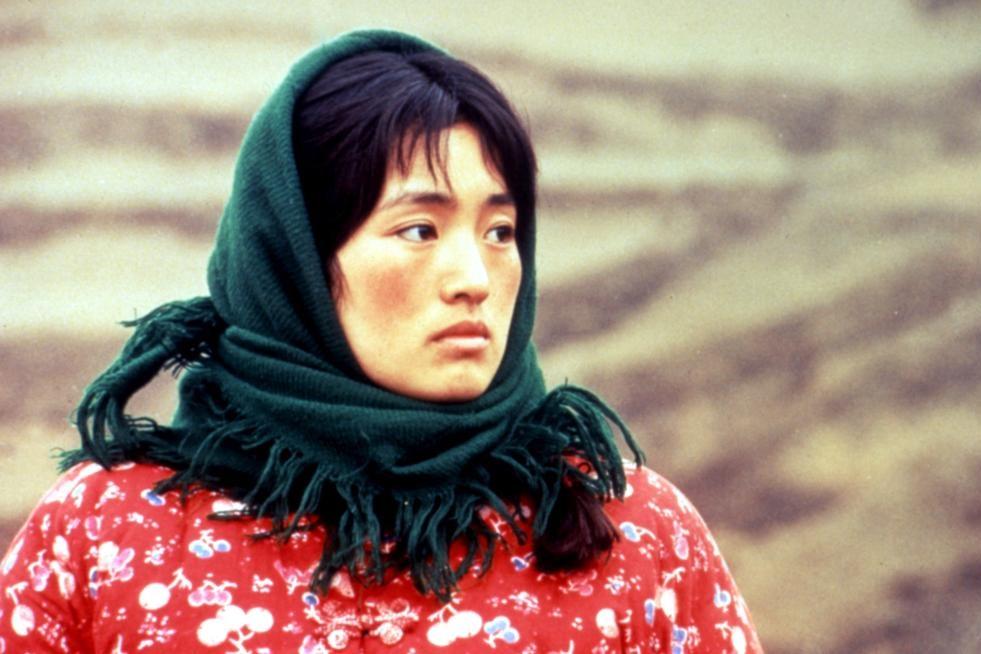 La storia di Qiu Ju: Gong Li in una scena del film