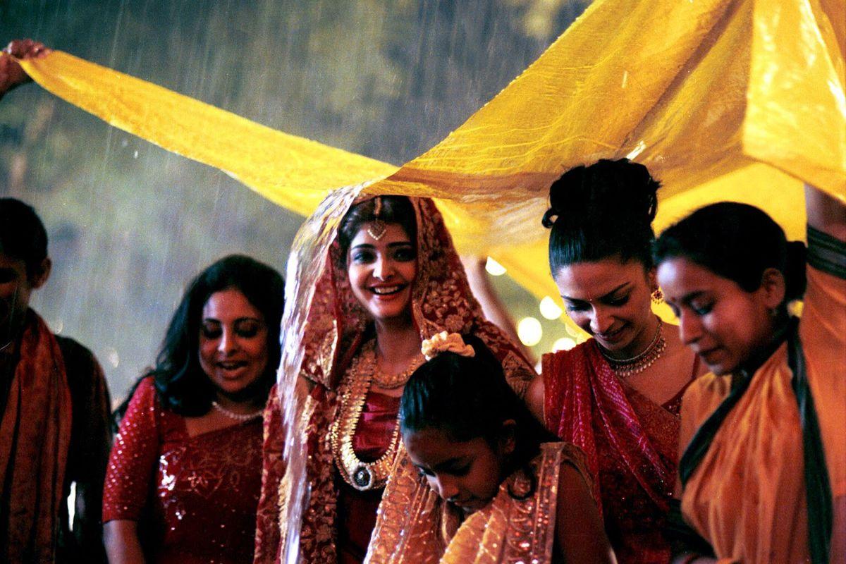 Monsoon Wedding: una scena del film