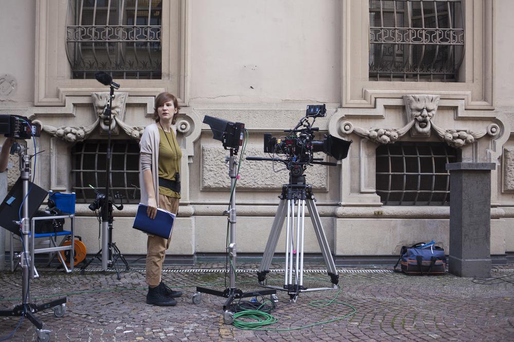 Le ultime cose: la regista Irene Dionisio sul set del film