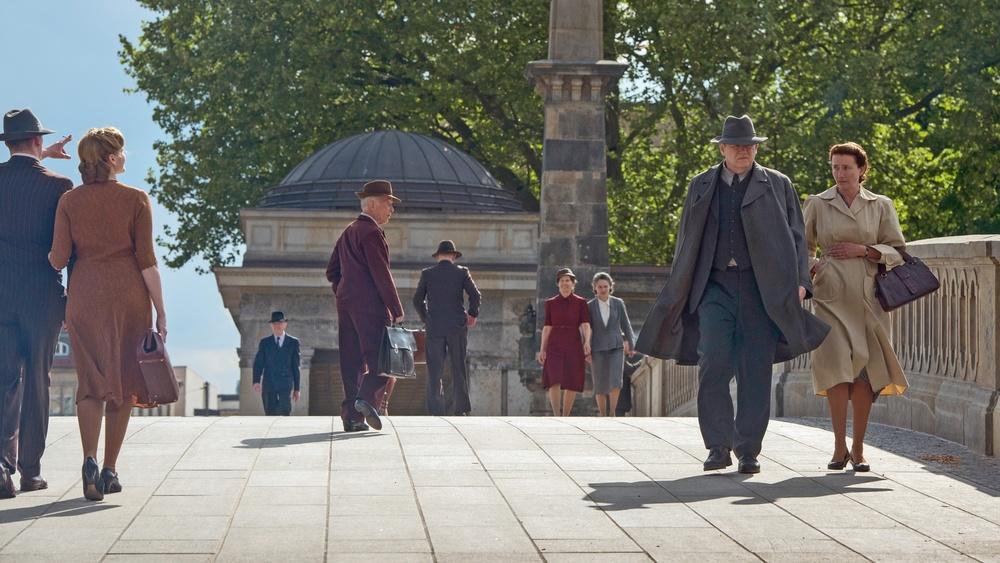 Lettere da Berlino: Emma Thompson e Brendan Gleeson in una scena del film