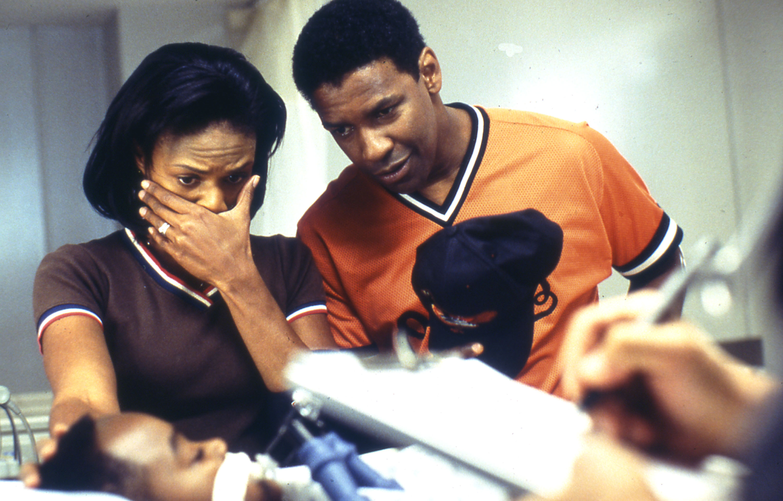 John Q: Denzel Washington in una scena del film