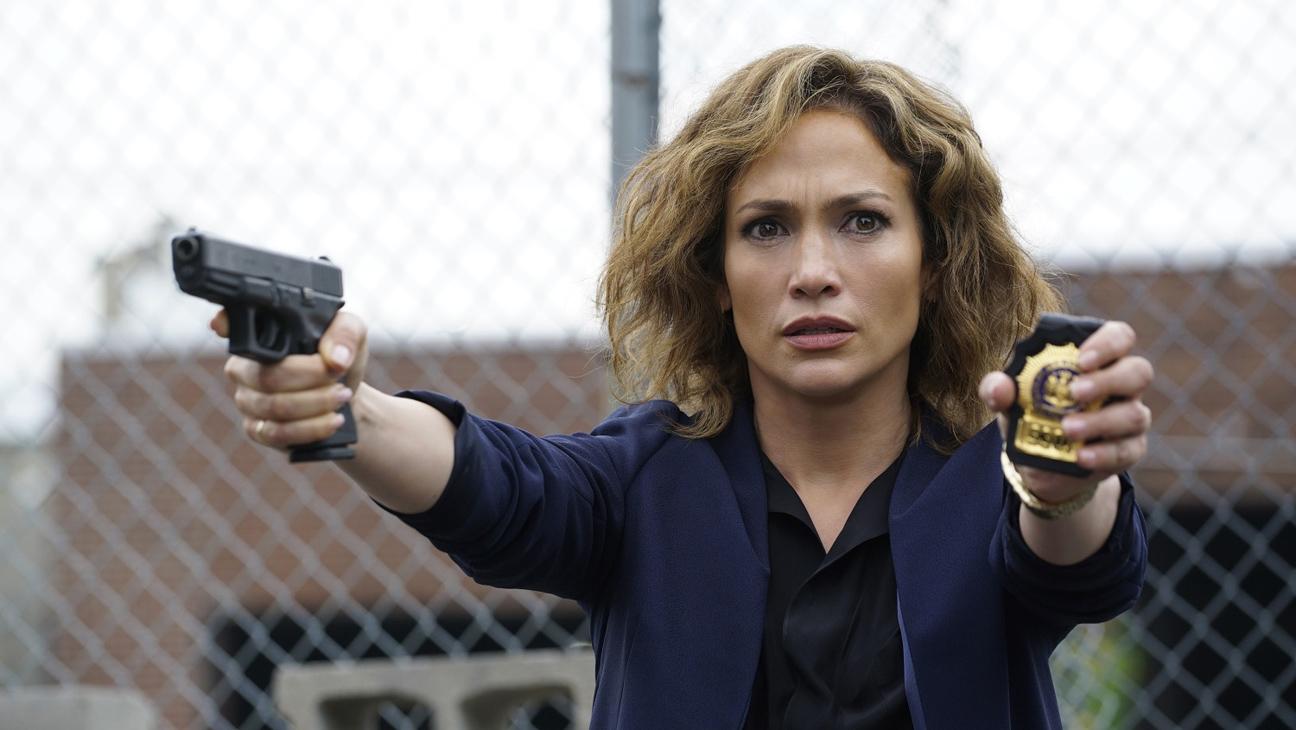 Shades of Blue: la star Jennifer Lopez in una foto della serie