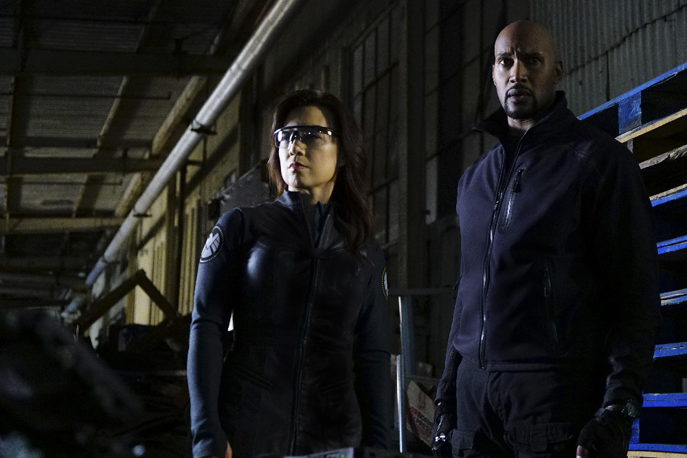 Agents of S.H.I.E.L.D.: Ming-Na Wen e Henry Simmons nell'episodio The Ghost