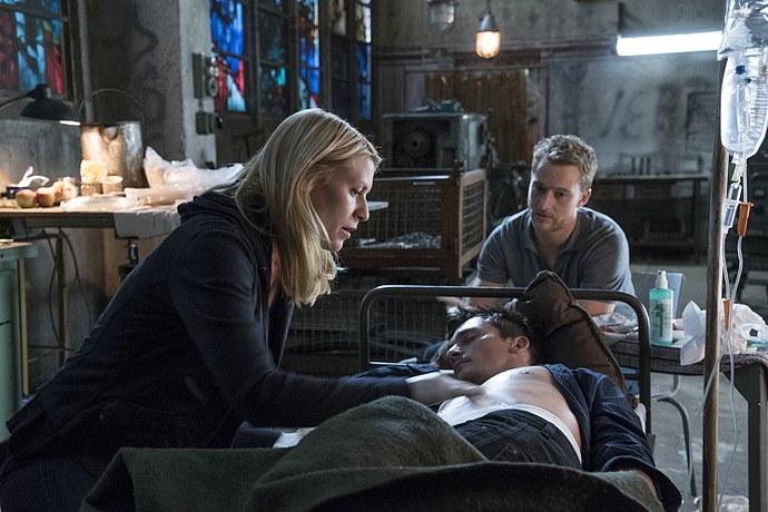 Homeland: Claire Danes e Rupert Friend in un'immagine della serie