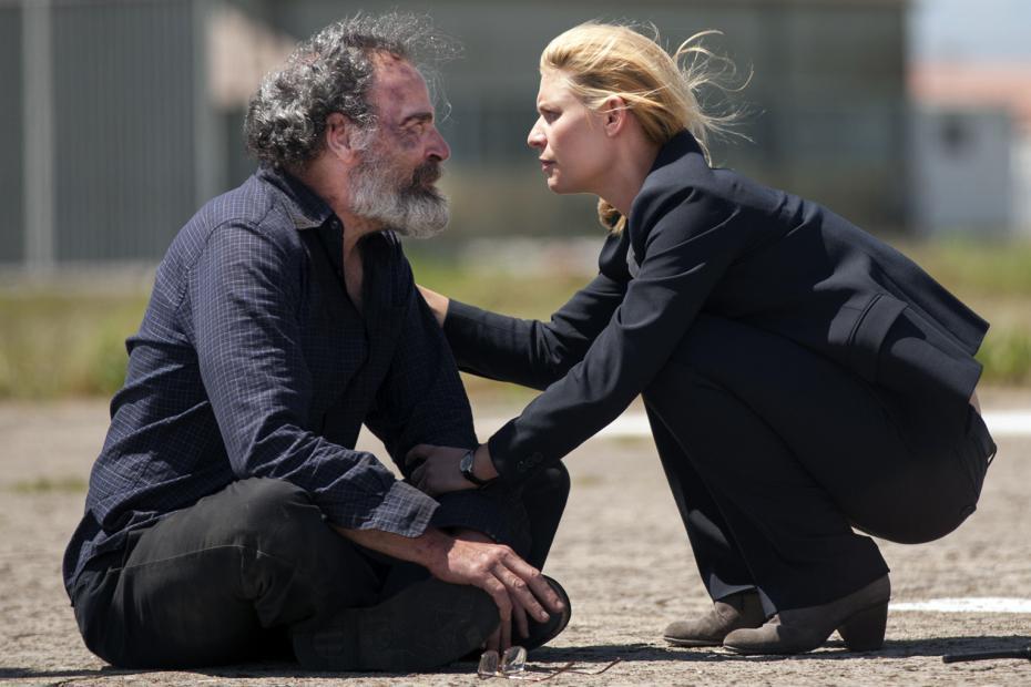 Homeland: Mandy Patinkin e Claire Danes in una foto della serie