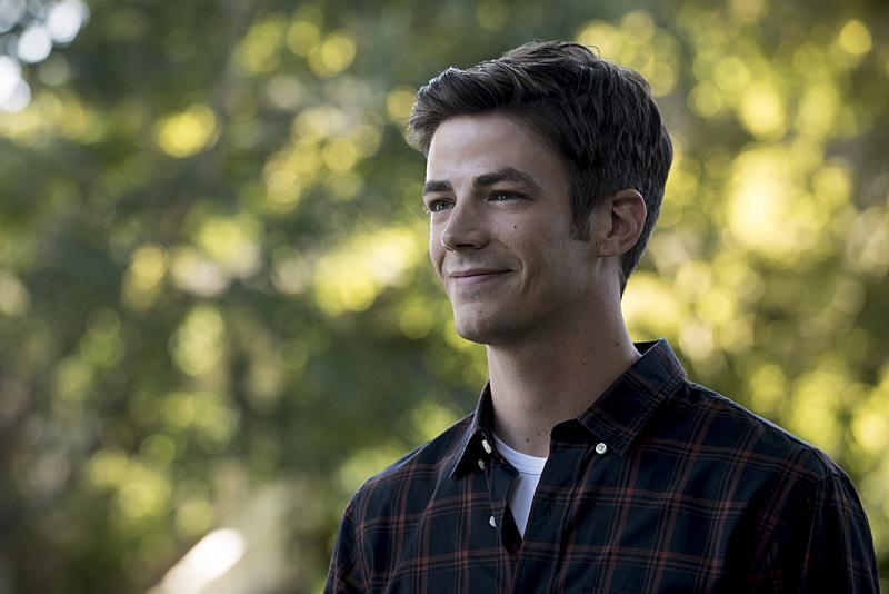The Flash: l'attore Grant Gustin in una foto di Flashpoint