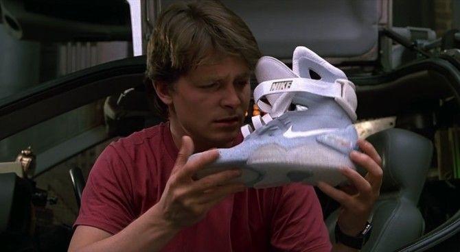 ritorno al futuro 2 scarpe nike
