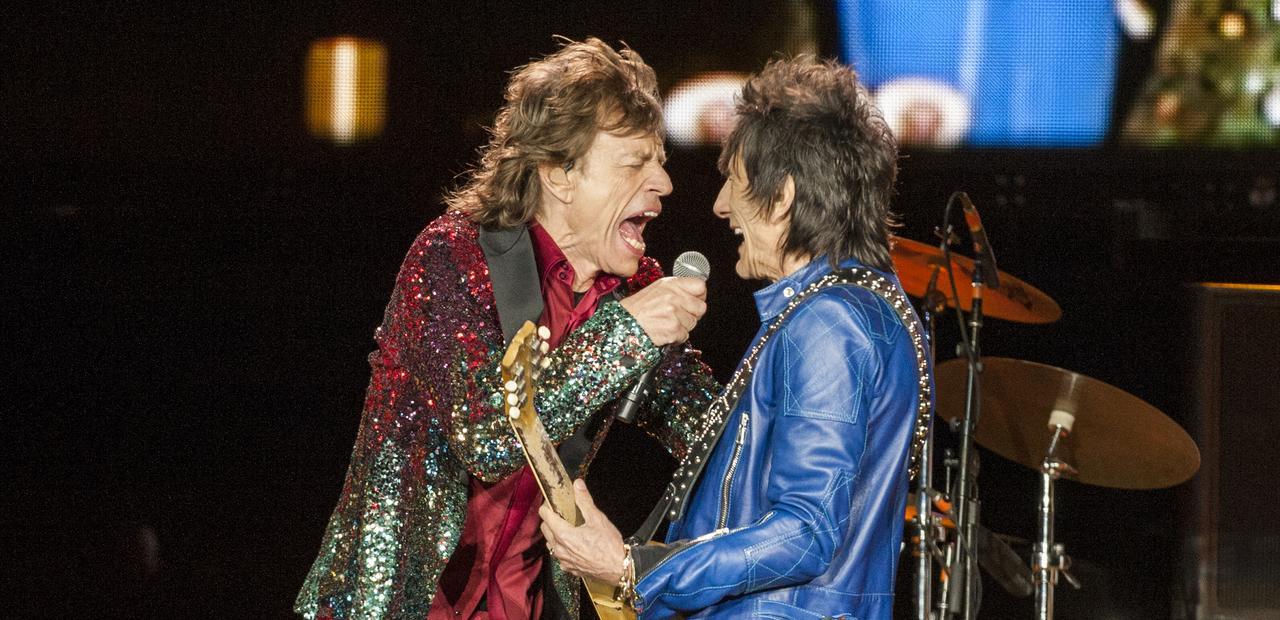 The Rolling Stones Olé, Olé, Olé!: A Trip Across Latin America, Mick Jagger e Ronnie Wood si esibiscono sul palco
