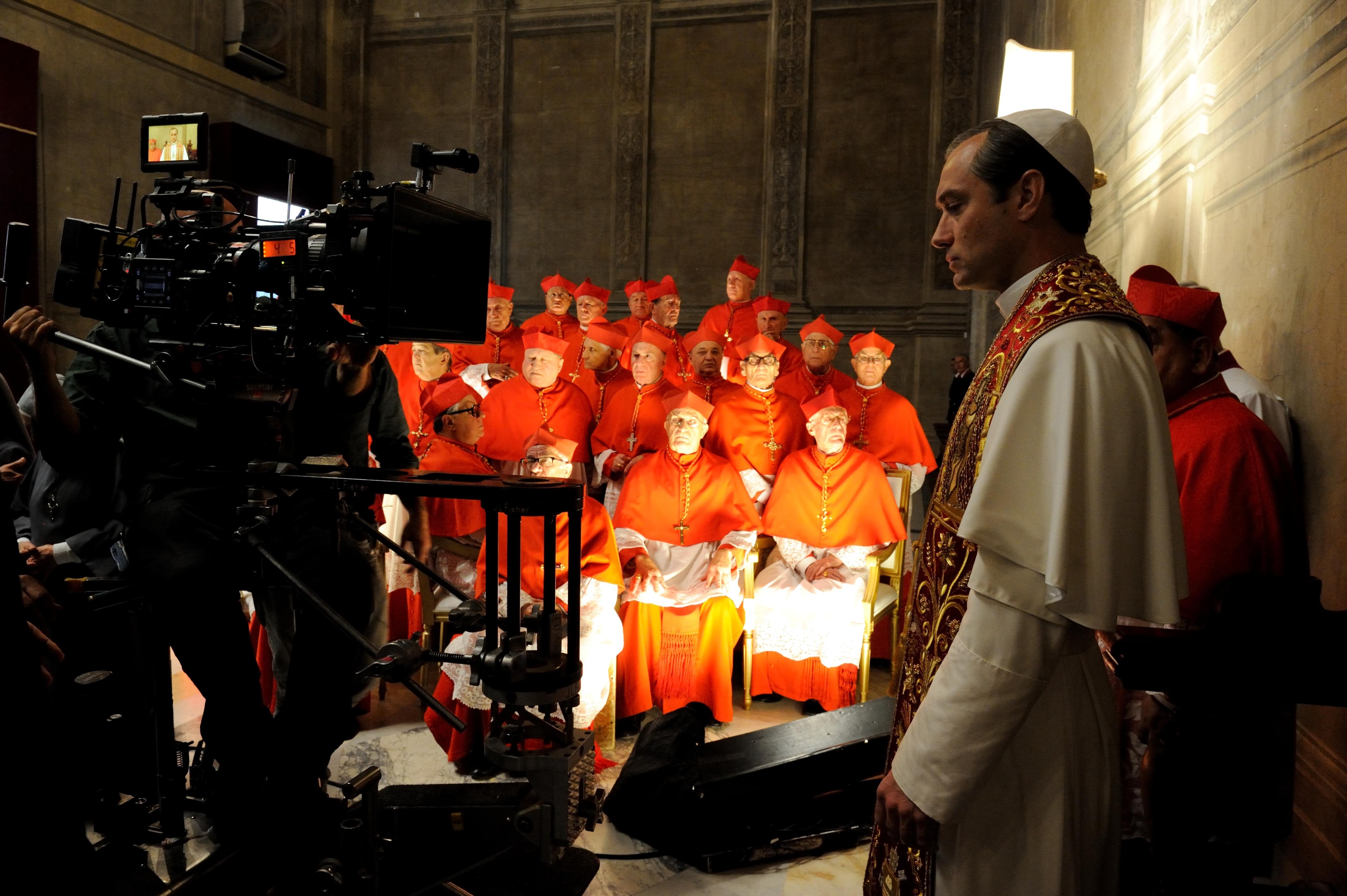 The Young Pope: Jude Law sul set della serie