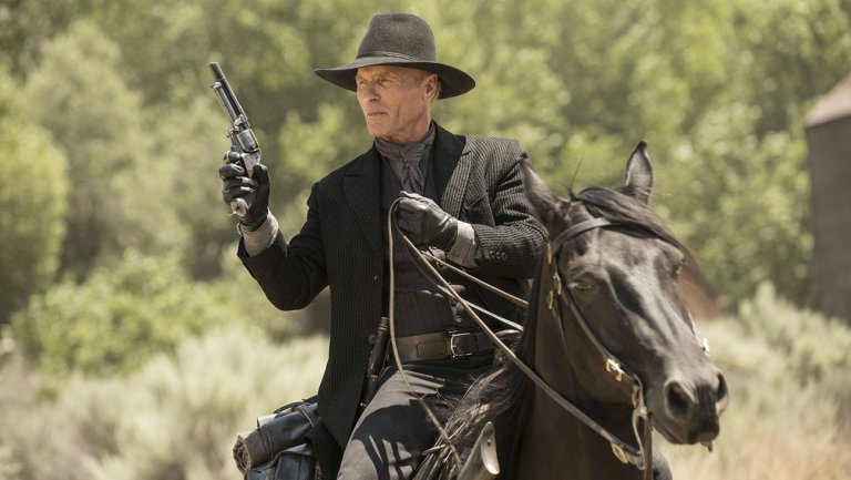 Westworld: Ed Harris in una scena dell'episodio Chestnut