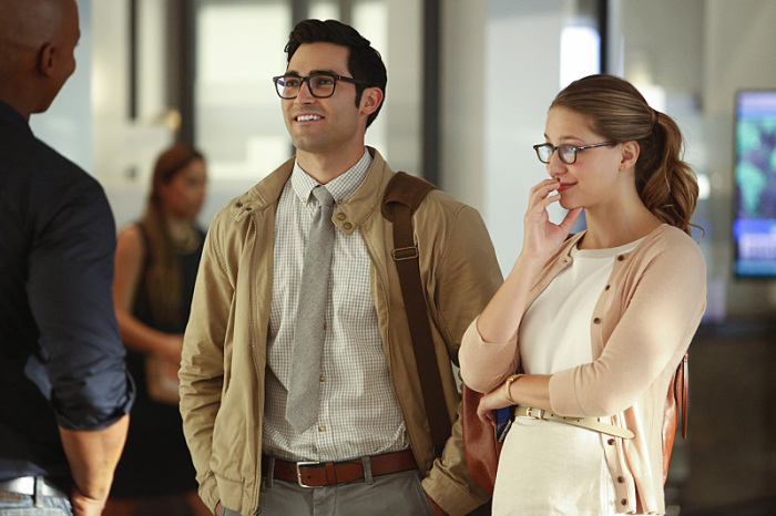 Supergirl: Tyler Hoechlin insieme a Melissa Benoist in The Adventures of Supergirl
