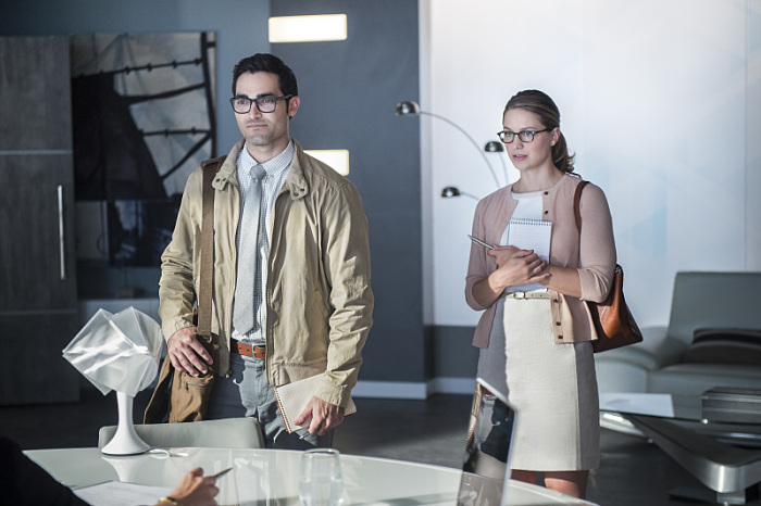 Supergirl: Tyler Hoechlin accanto a Melissa Benoist in The Adventures of Supergirl
