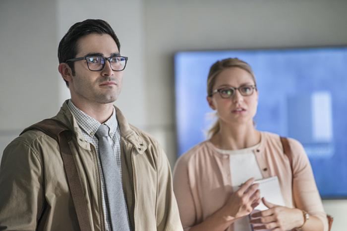 Supergirl: Clark Kent e Kara in The Adventures of Supergirl