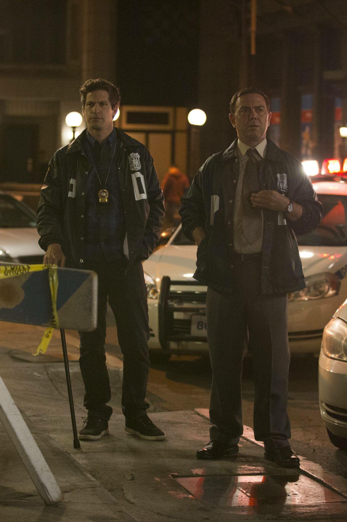 Brooklyn Nine-Nine: una foto degli attori Andy Samberg e Joe Lo Truglio in The Night Shift