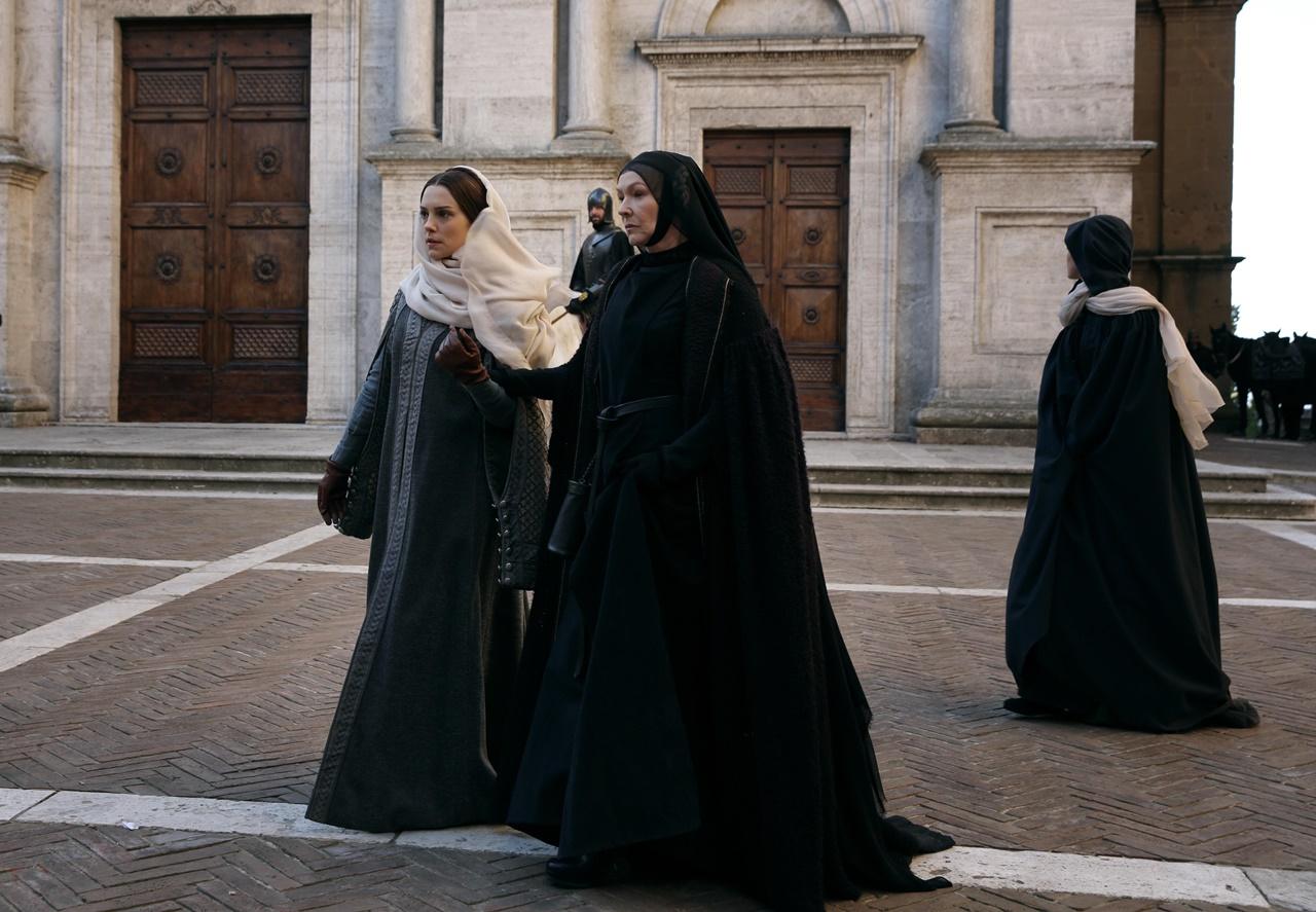 Medici, Masters of Florence: una foto delle protagoniste femminili della serie