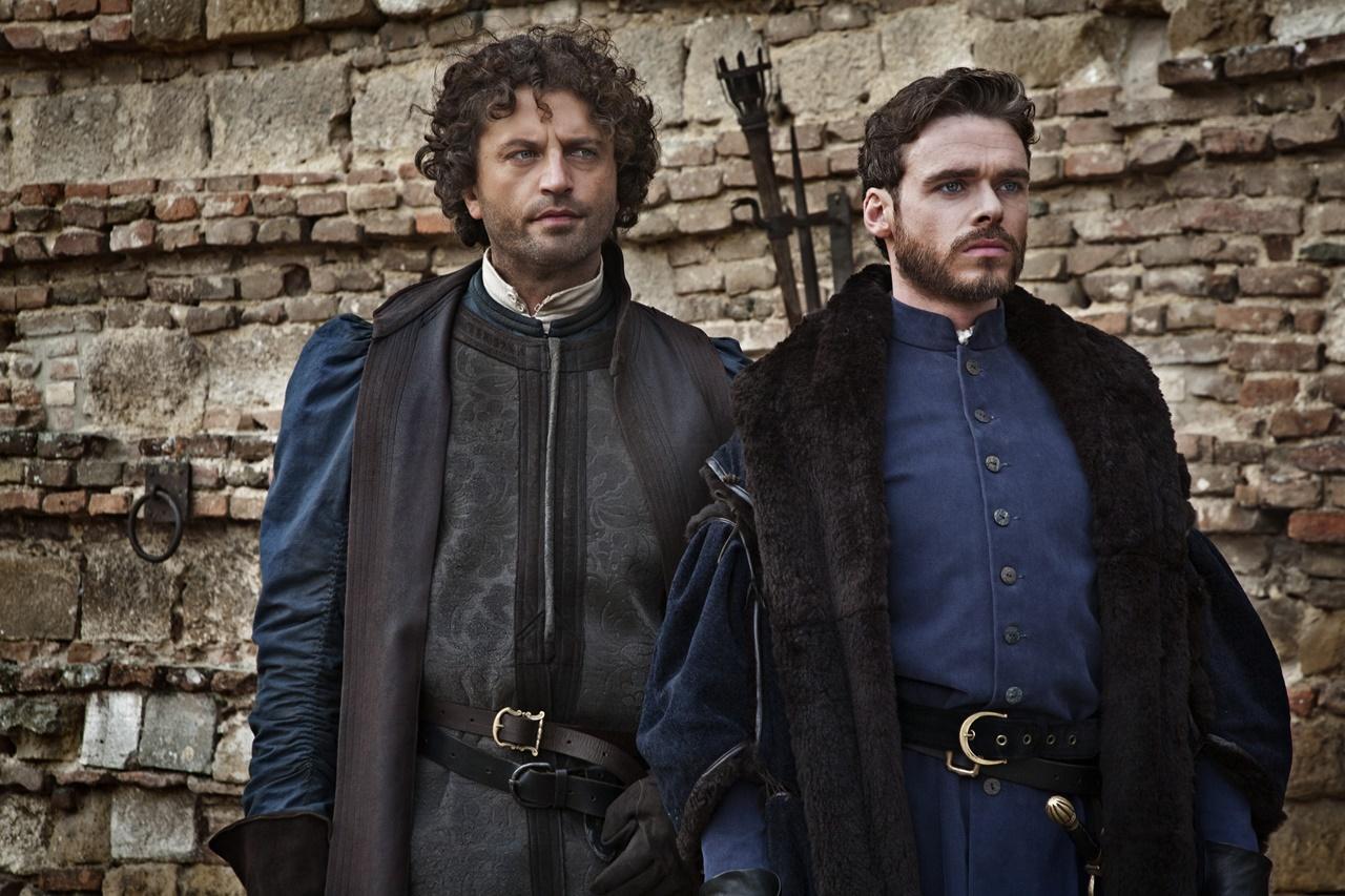 Medici, Masters of Florence: Richard Madden e Guuido Caprino in una scena