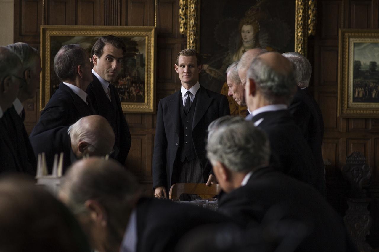 The Crown: Matt Smith in una foto del quinto episodio