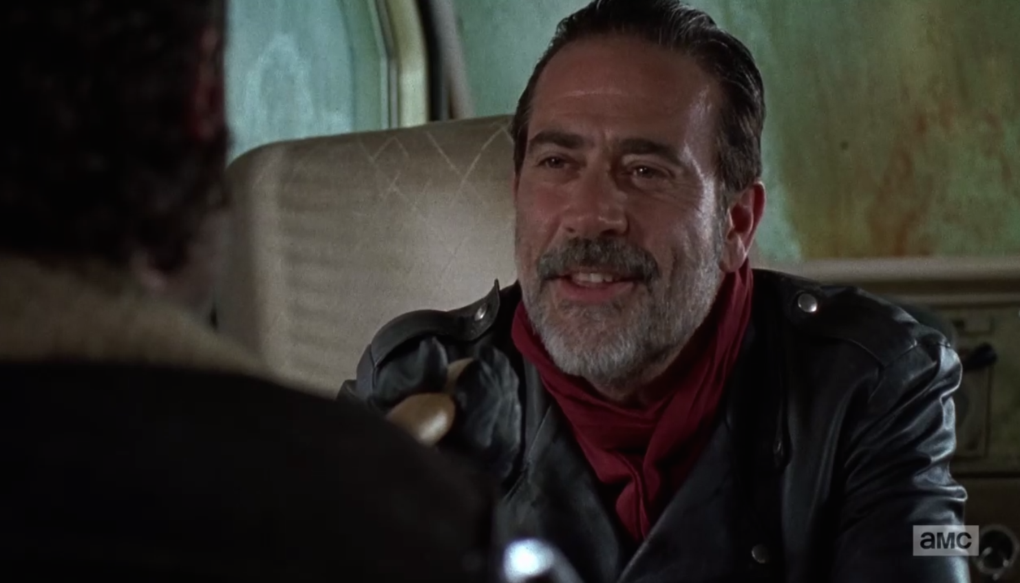 The Walking Dead: Jeffrey Dean Morgan è Negan in The Day Will Come When You Won't Be