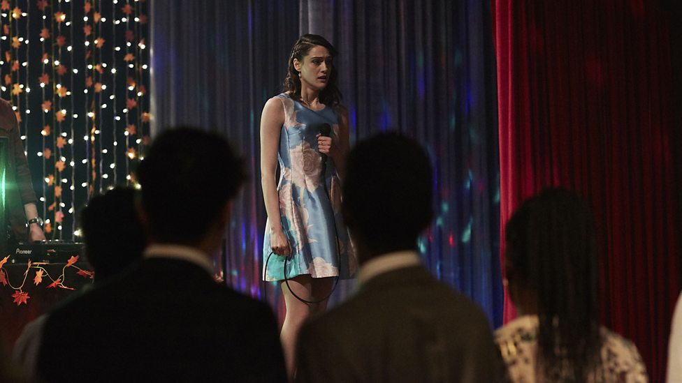 Class: l'attrice Sophie Hopkins nell'episodio For Tonight We Might Die