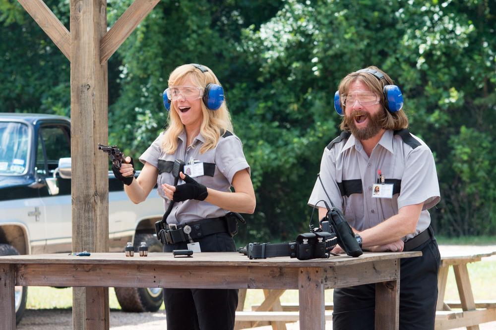 Masterminds - I geni della truffa: Zach Galifianakis e Kristen Wiig in un momento del film