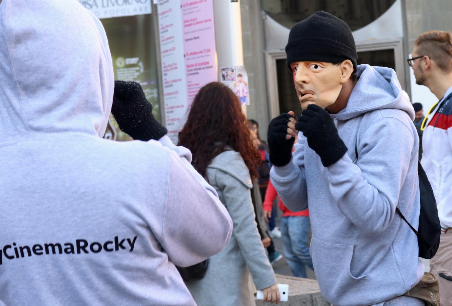 Lucca 2016: cosplayer di Rocky in piazza per Sky