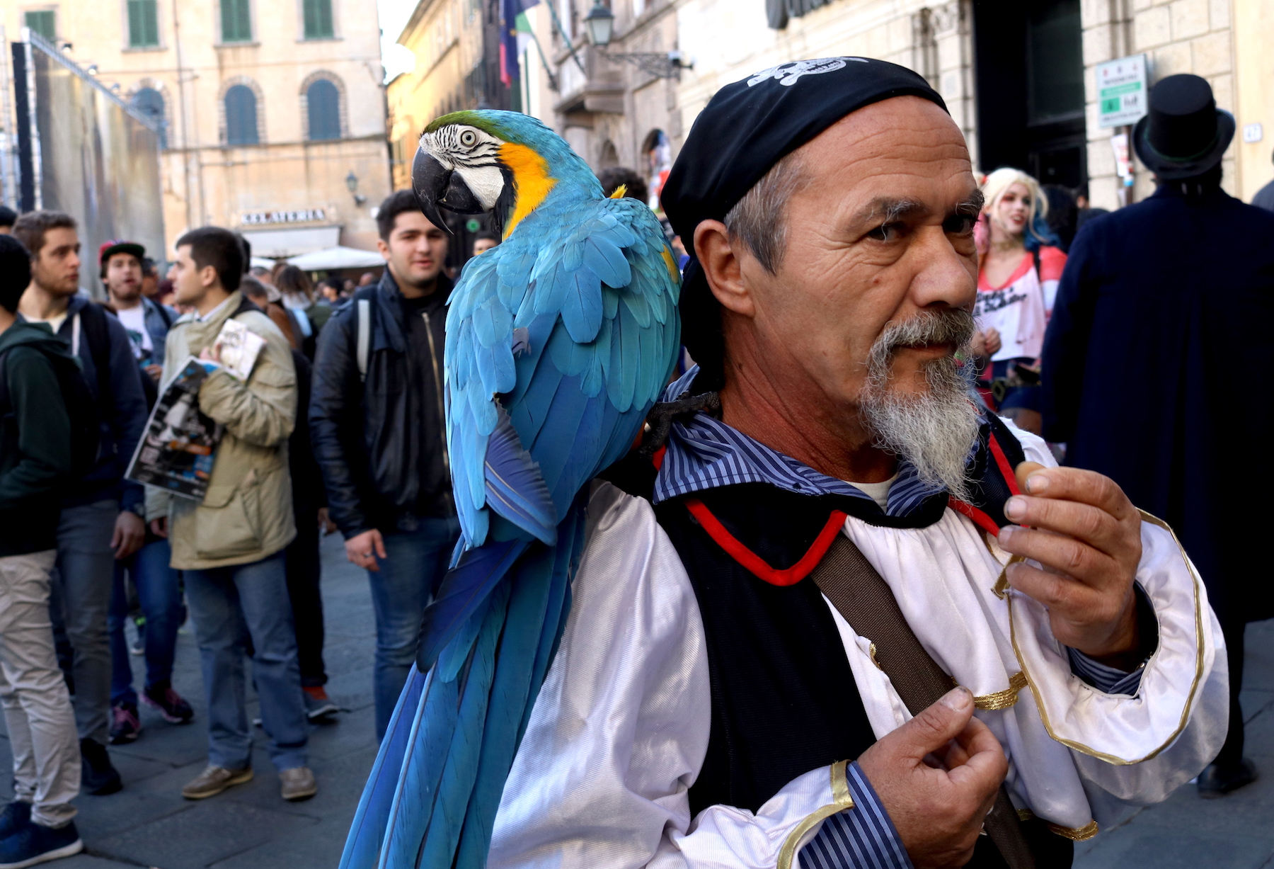 Lucca 2016: bizzarro cosplay