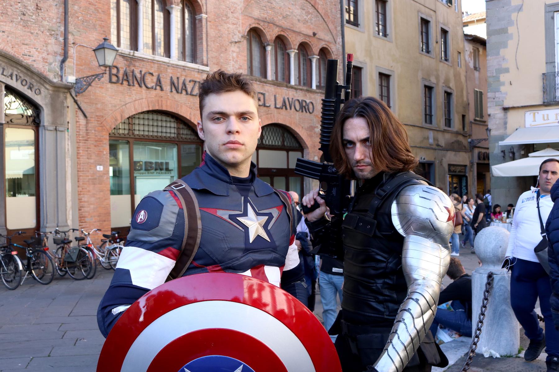 Lucca 2016: cosplay di Captain American e il Soldato d'inverno