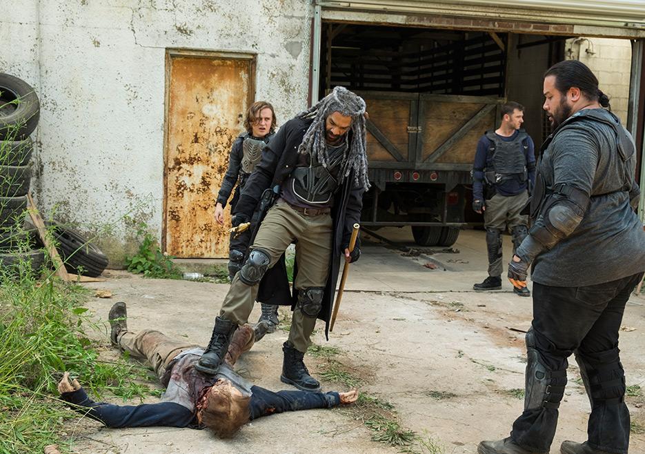 The Walking Dead: Logan Miller, Khary Payton e Cooper Andrews in The Well