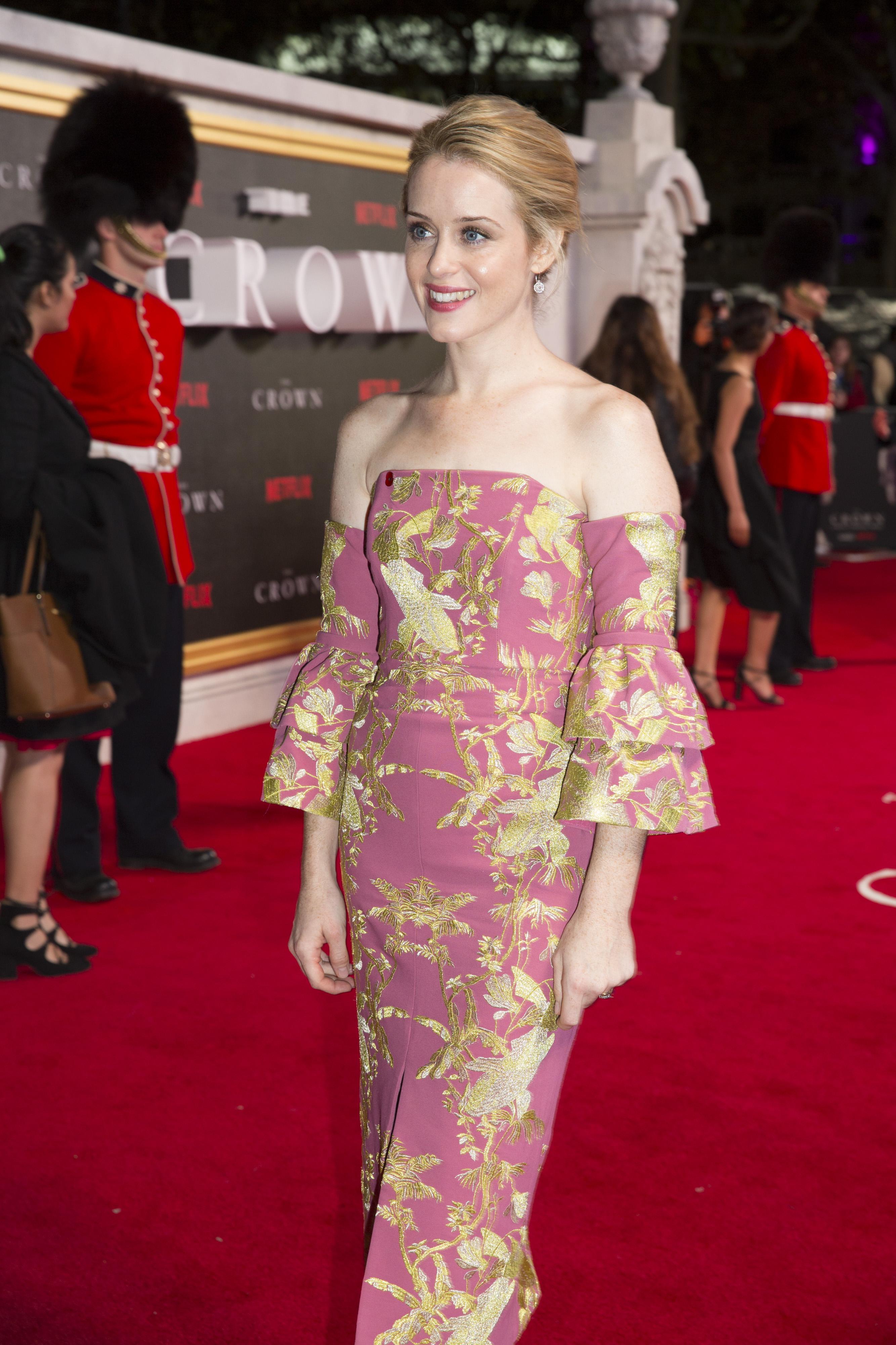 The Crown: Claire Foy alla première della serie